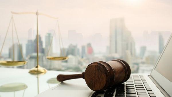 Hak Kekayaan Intelektual : Aspek Hukum, Proteksi, Prosedur & Komersialisasi