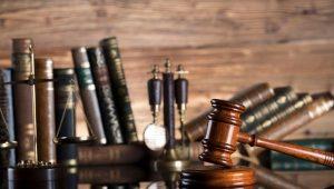 Hukum Ketenagakerjaan Dan Hubungan Industrial